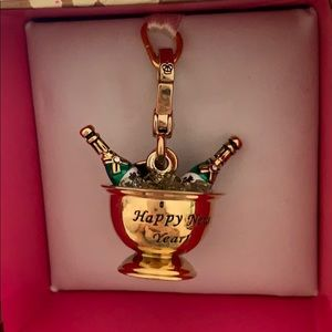 🍾🥂Juicy Couture Champagne Bucket Charm 🍾🥂